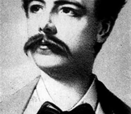 Чарльз Фредерик Уорт сделал революцию в мире моды! Здесь вы узнаете его изобретения, о которых не догадывались.